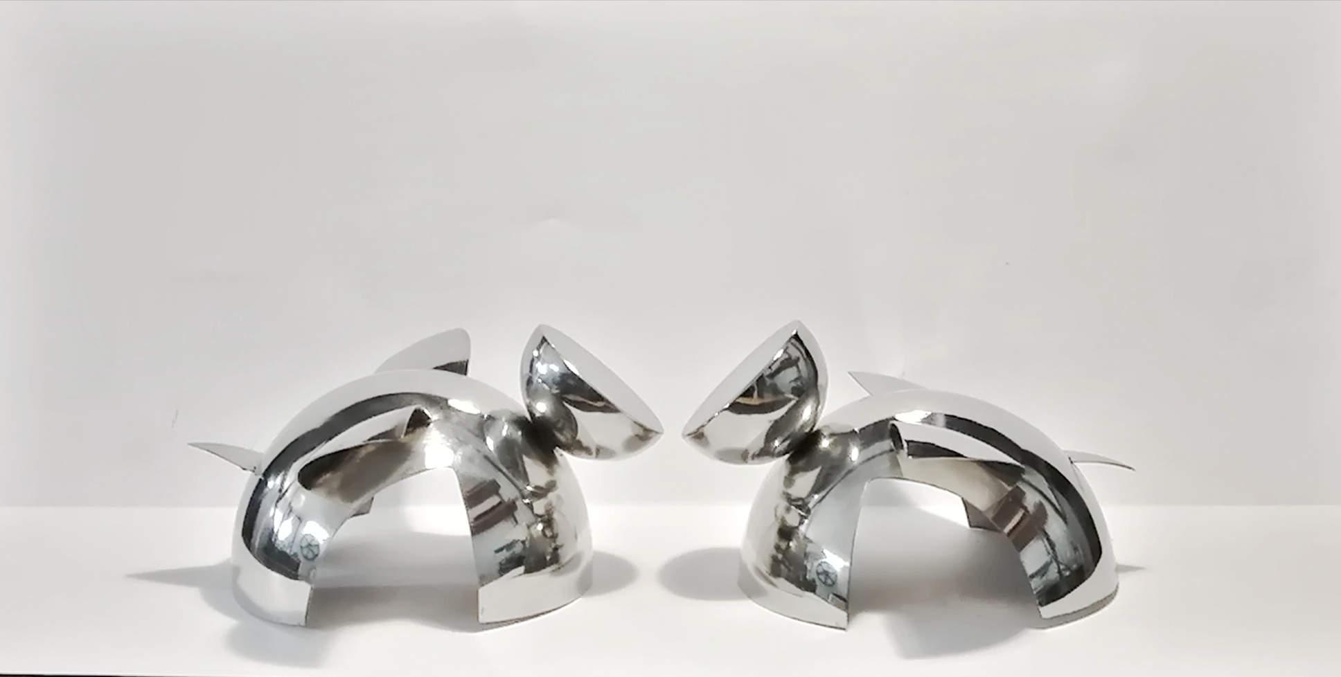 escultura en acero inoxidable igualdad tenerife