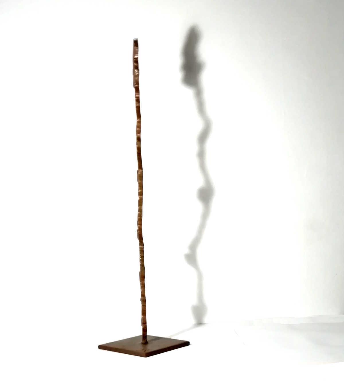 escultura abstracta hierro